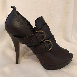 Coach Alexia heels
